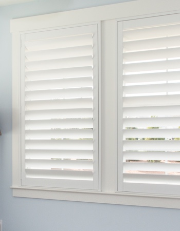 Polywood shutters with hidden tilt rods in Phoenix