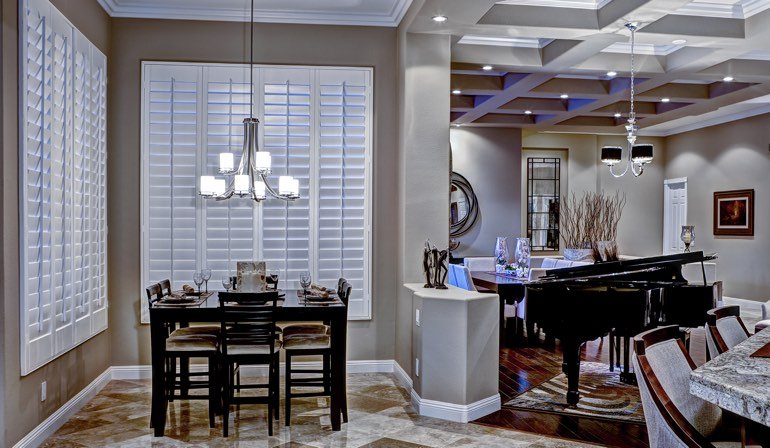 How Phoenix Weather Affects Window Treatment Choices