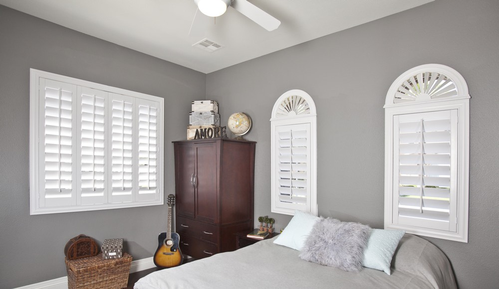 Polywood Shutters In A Phoenix Bedroom