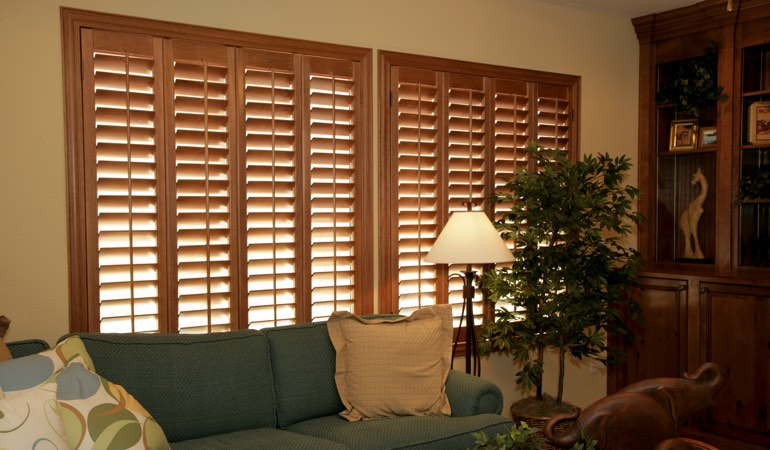 How To Clean Wood Shutters In Phoenix, AZ