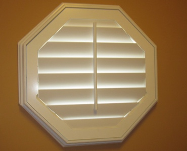 Phoenix octagon window shutter